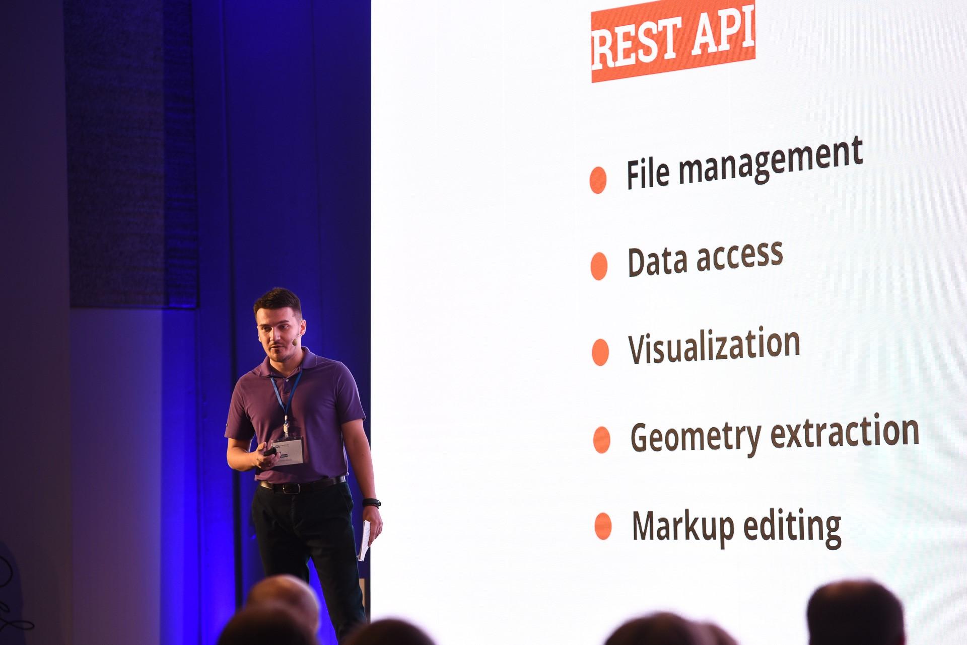 Ilya Zavyalov presents ODA's new Open Cloud technology.